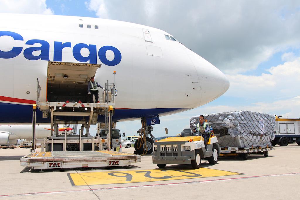 logistics company qatar